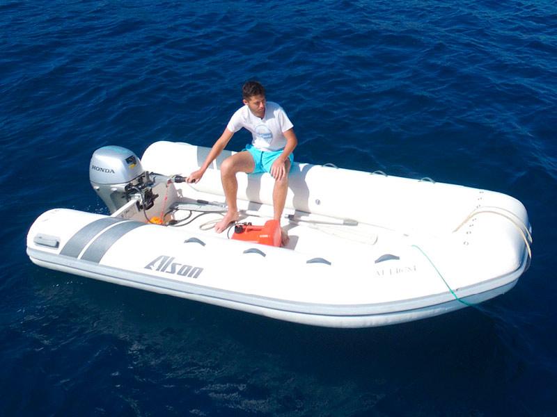 location-bateau-sans-permis-corse-porto-pollo-vallinco-bartoli-marine-1