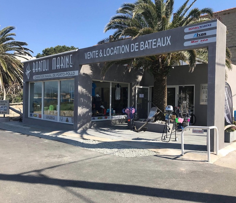 Valinco magasin accastillage-peche-souvenirs-port-porto-pollo bartoli marine