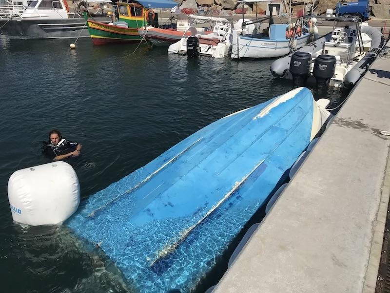 renflouage-bateau-corse-porto-pollo-bartoli-marine